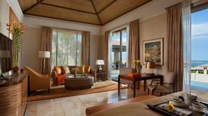 010956-04-Orange_Villa-living_area