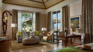 010956-05-Green_Villa-living_area